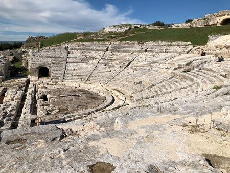 シラクサのギリシア劇場.JPGのサムネイル画像